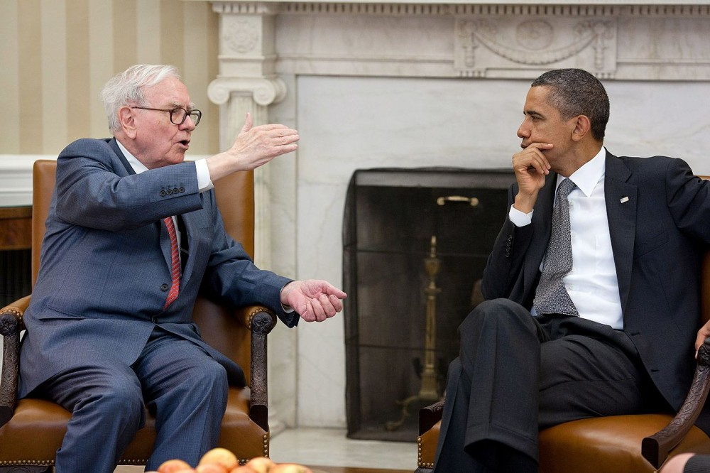 Warren Buffet med Barack Obama. Foto: The White House / public domain